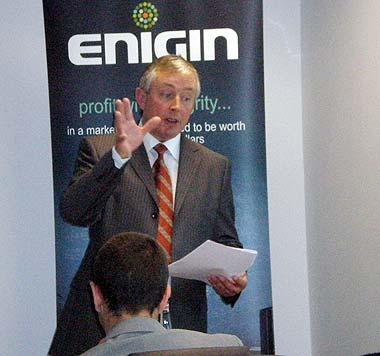 Ian_wrigly_first_enigin_training1